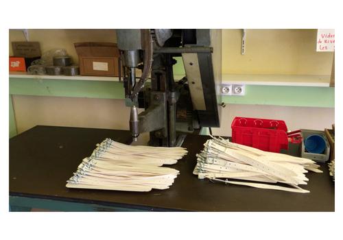 sous-traiter en ESAT entreprise bio chouponline Fabrication bracelets piscine